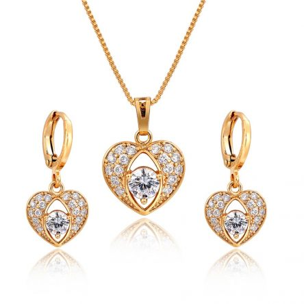Yellow Gold White Stone Heart Pendant set