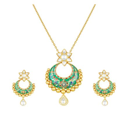 22ct Yellow Gold Studded Jewel set